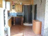 Kuchyňka a sprchový kout
